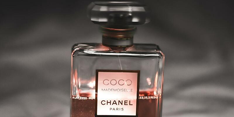 シャネルの香水のヘアオイル